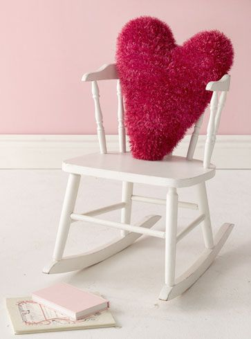 very cute heart pillow!