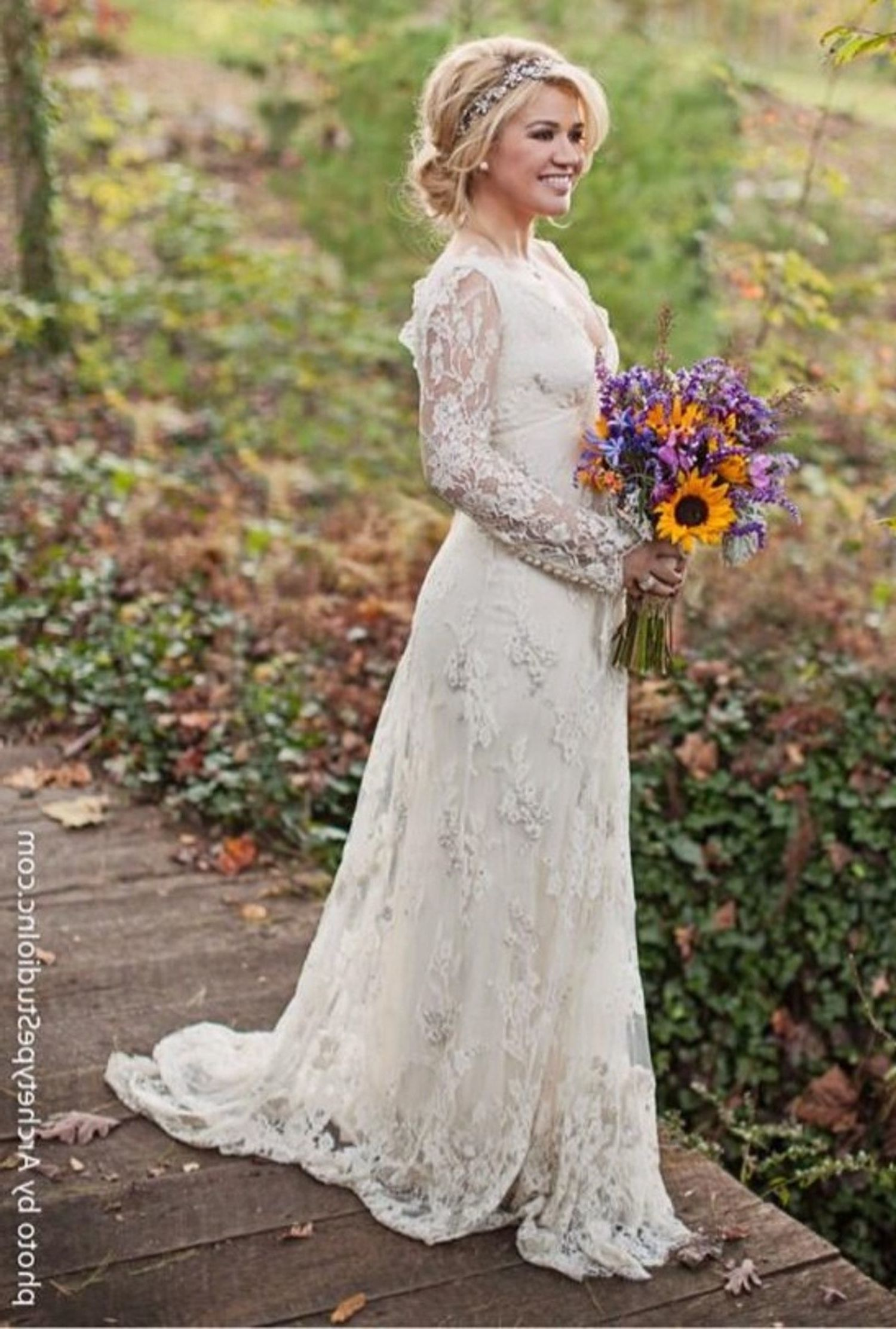 Kelly Clarkson Wedding Dress Photo Country Wedding Dresses Celebrity Wedding Dresses Wedding Dresses