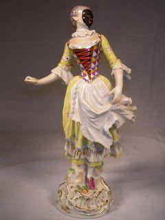 Harlequine by Franz Anton Bustelli
