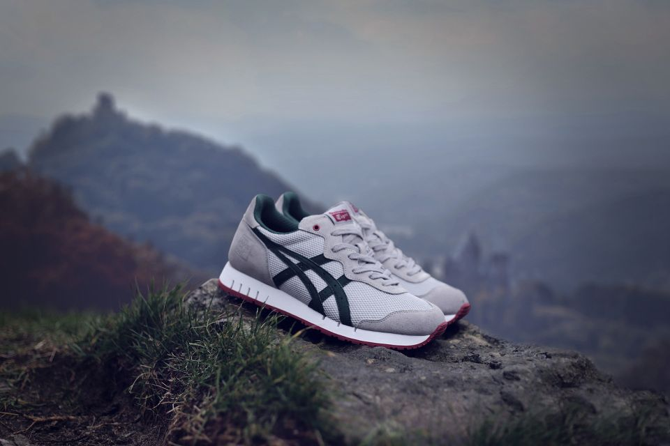 "779f0879f9503 The Good Will Out x Onitsuka Tiger X-Caliber ""Silver Knight"""