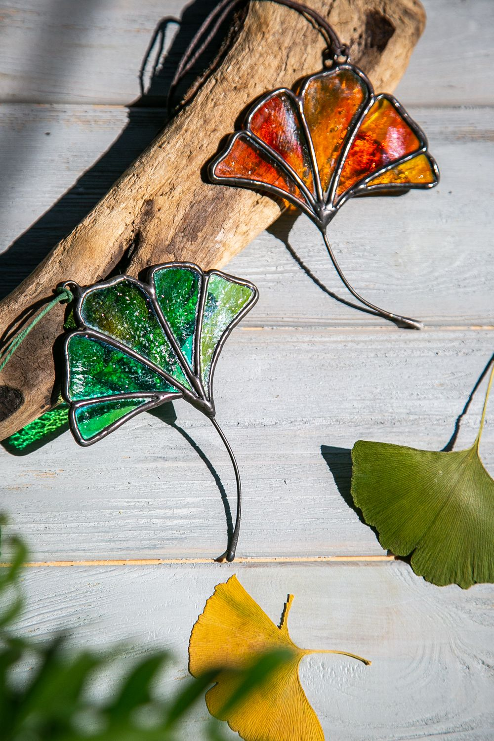 Stained Glass Ginko Leaves Home Decoration - Handmade Colored Glass Plant Suncatcher 25$ -   beauty Art stained glass