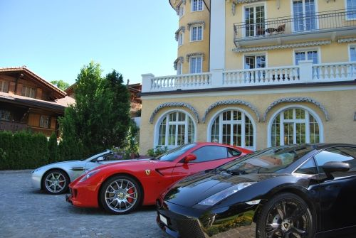 Luxury Cars For Hire In Switzerland Germany France And Italy Autovermietung Vermietung Luxus