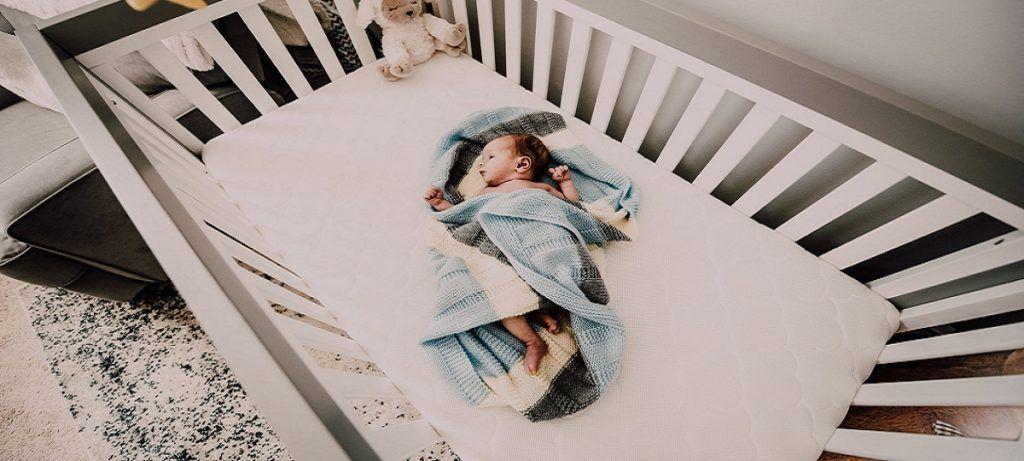 Sollte das Babybett im Schlafzimmer stehen? Babybett im Schlafzimmer ...
