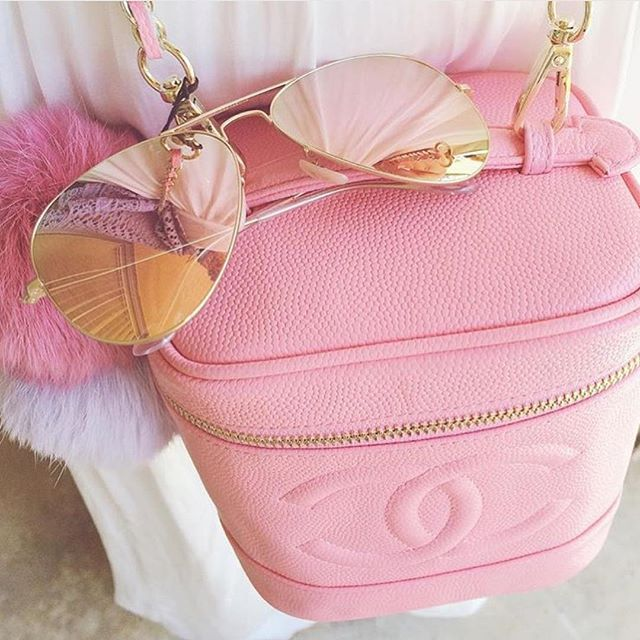 Pink perfection!!! #vintage #chanel #designer #sunglasses #handbag #bag #flawless #babypink #chic #trendy #accessories #fashionable #fashionstyle #fashionista #luxury #perfection #love