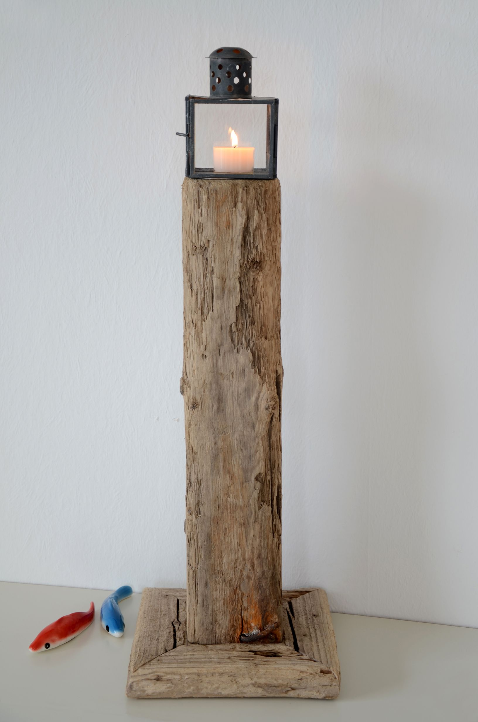 treibholz leuchtturm genius driftwood lighthouse. Black Bedroom Furniture Sets. Home Design Ideas