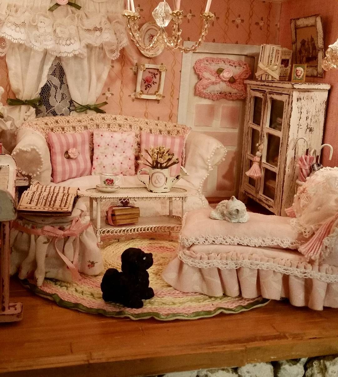 dogs cats furniture handmademiniatures miniatures dollhouses