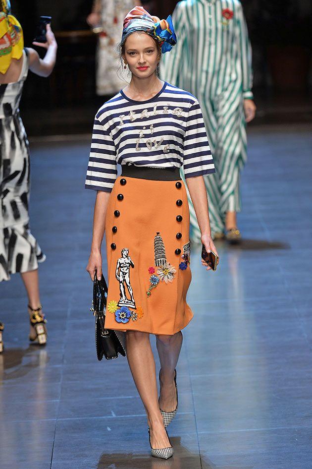 Dolce   Gabbana desfilam coleção inspirada no sul da Itália 434f9de0e06