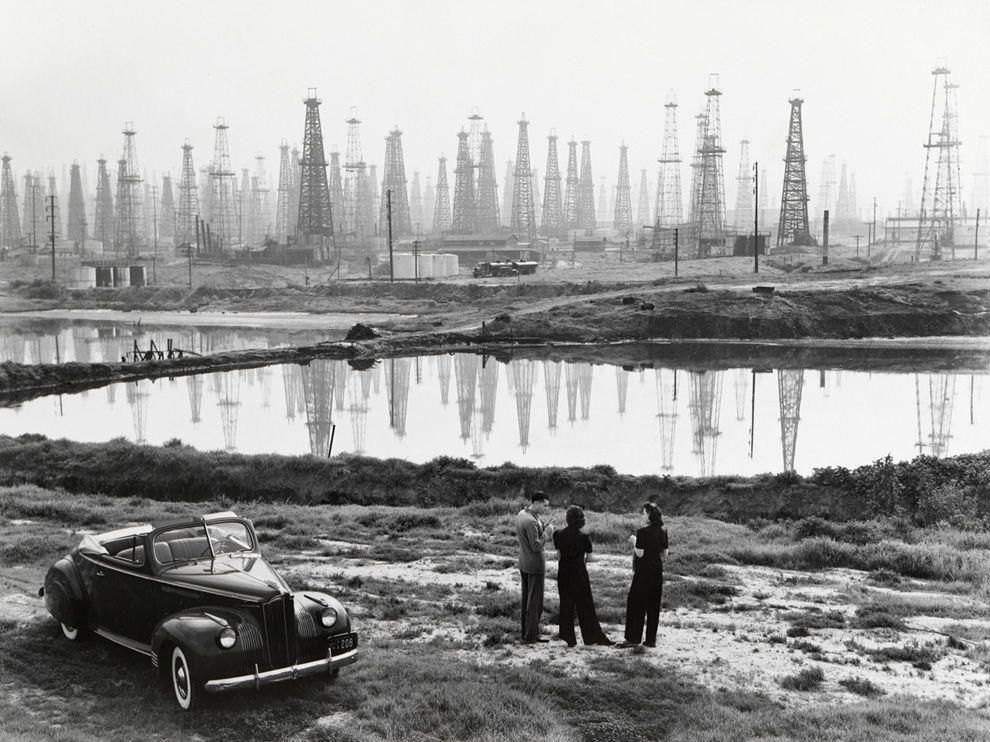 Signal Hill Long Beach  Oil Fields History  Peer Into - Car signal hill