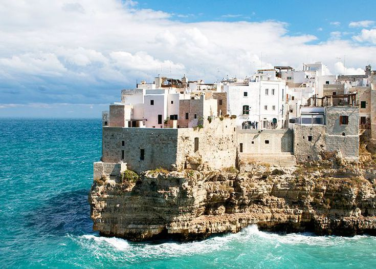 Photo of Skip the Colosseum—These 5 Southern Italy Vacations Will Take Your Breath Away