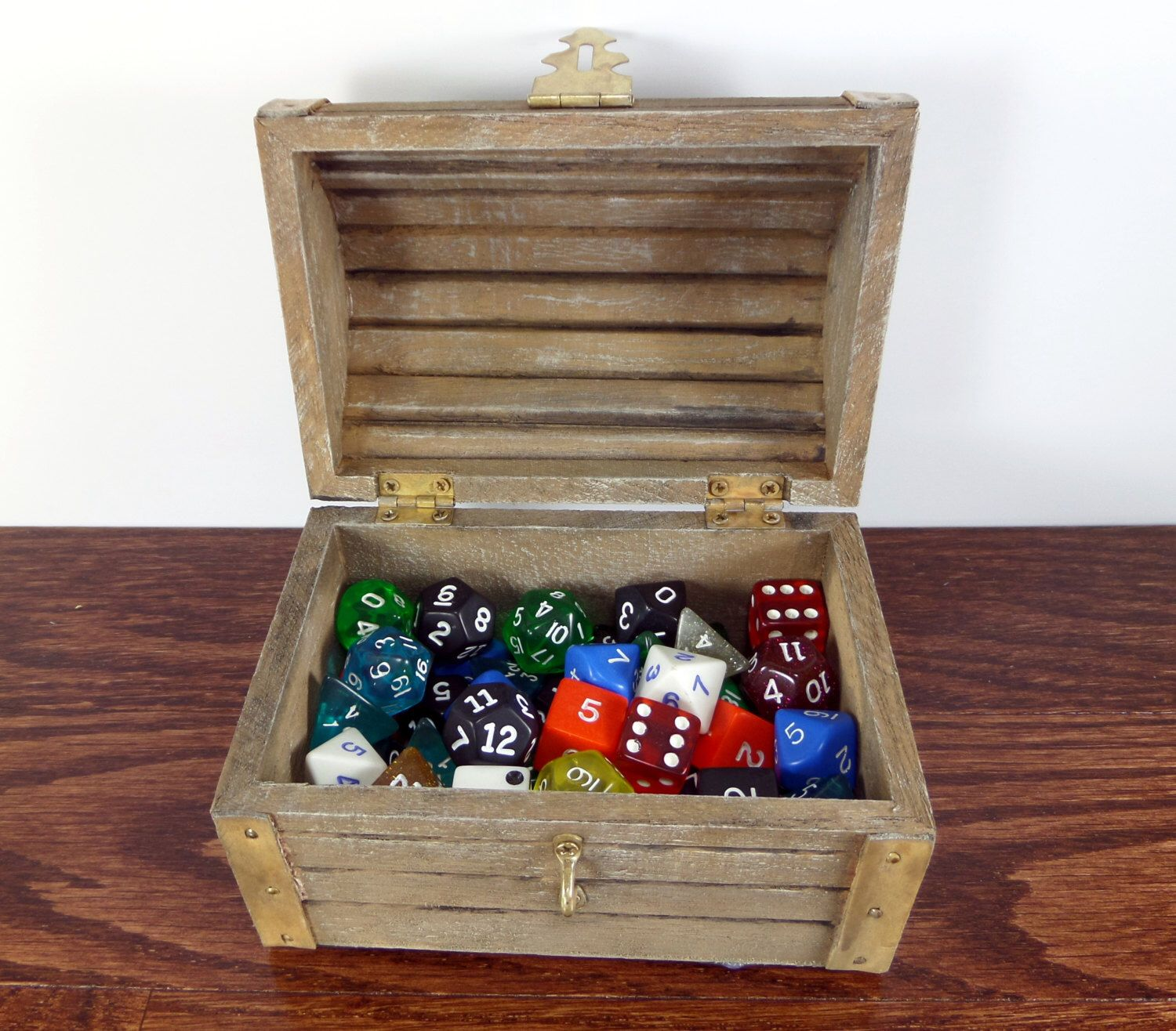 Pin By Barend Nieuwoudt On Board Games Wooden Dice Dice Box