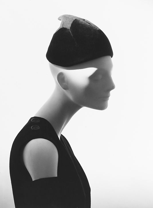 e335b906 16-12-11 House of Dior hat 1950 | Christian Dior Clothing | Hats ...
