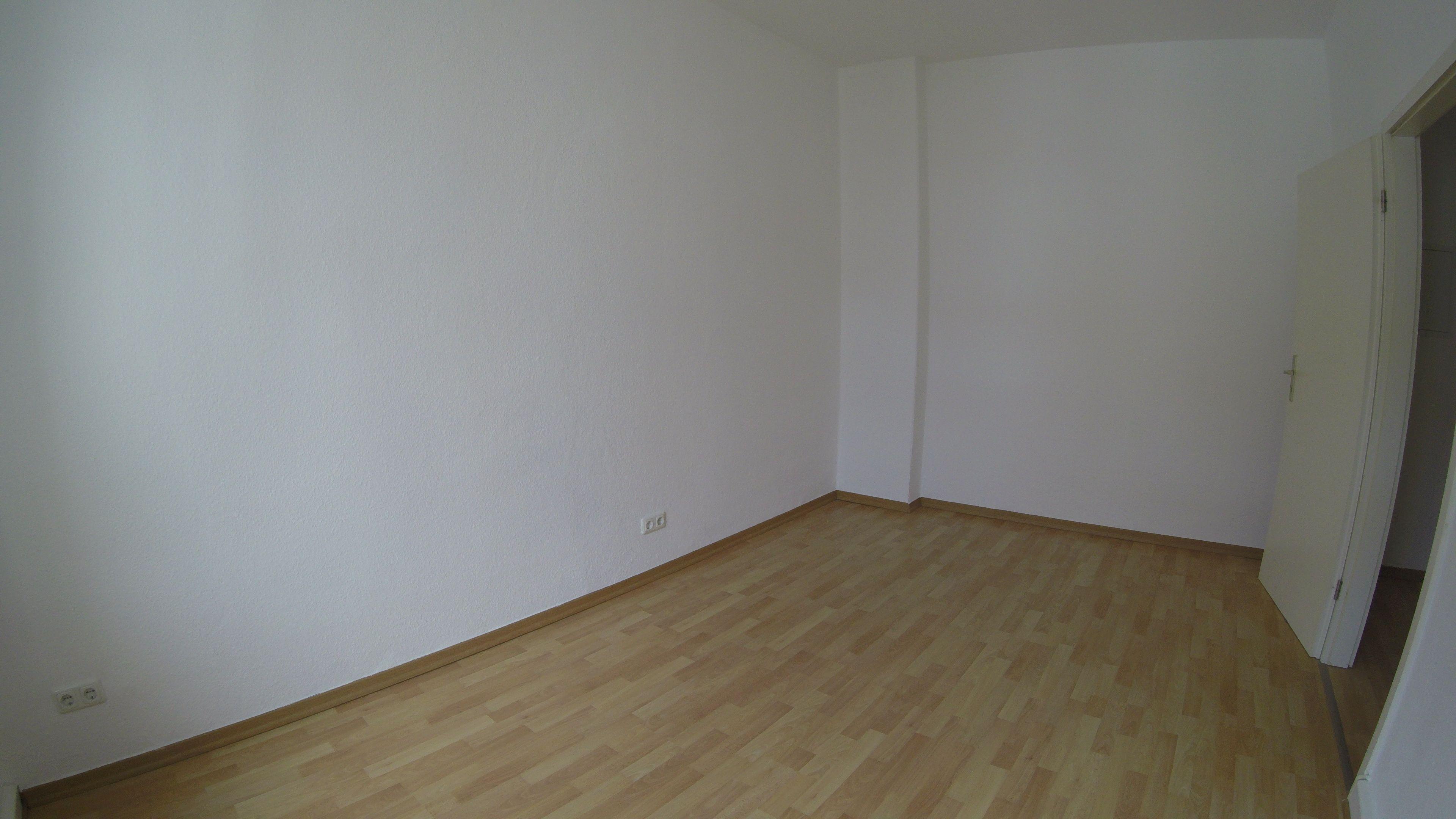 Eichendorfstrasse 3 Zimmer Saniert Im 2 Og Mitte Wannenbad Mit