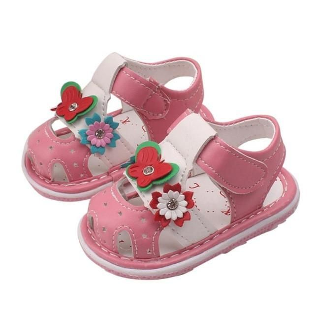 Department Name  Children Item Type  Sandals Heel Shape  Flat Heels Lining  Material  Canvas Heel Type  Flat with Brand Name  COMFY KIDS Sandal Type   ...