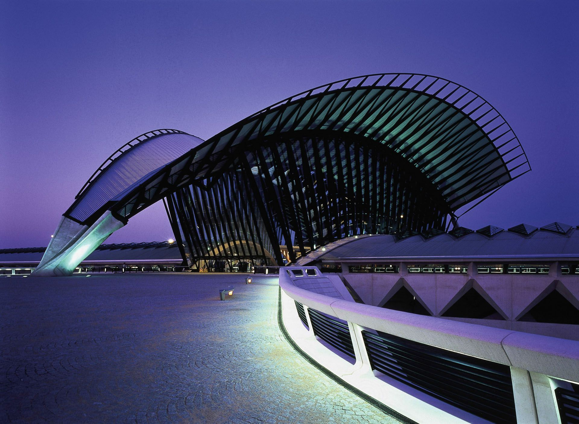 Lyon Saint Exupery Airport Railway Station Colombier Saugnieu Santiago Calatrava Santiago Calatrava Santiago Architecture