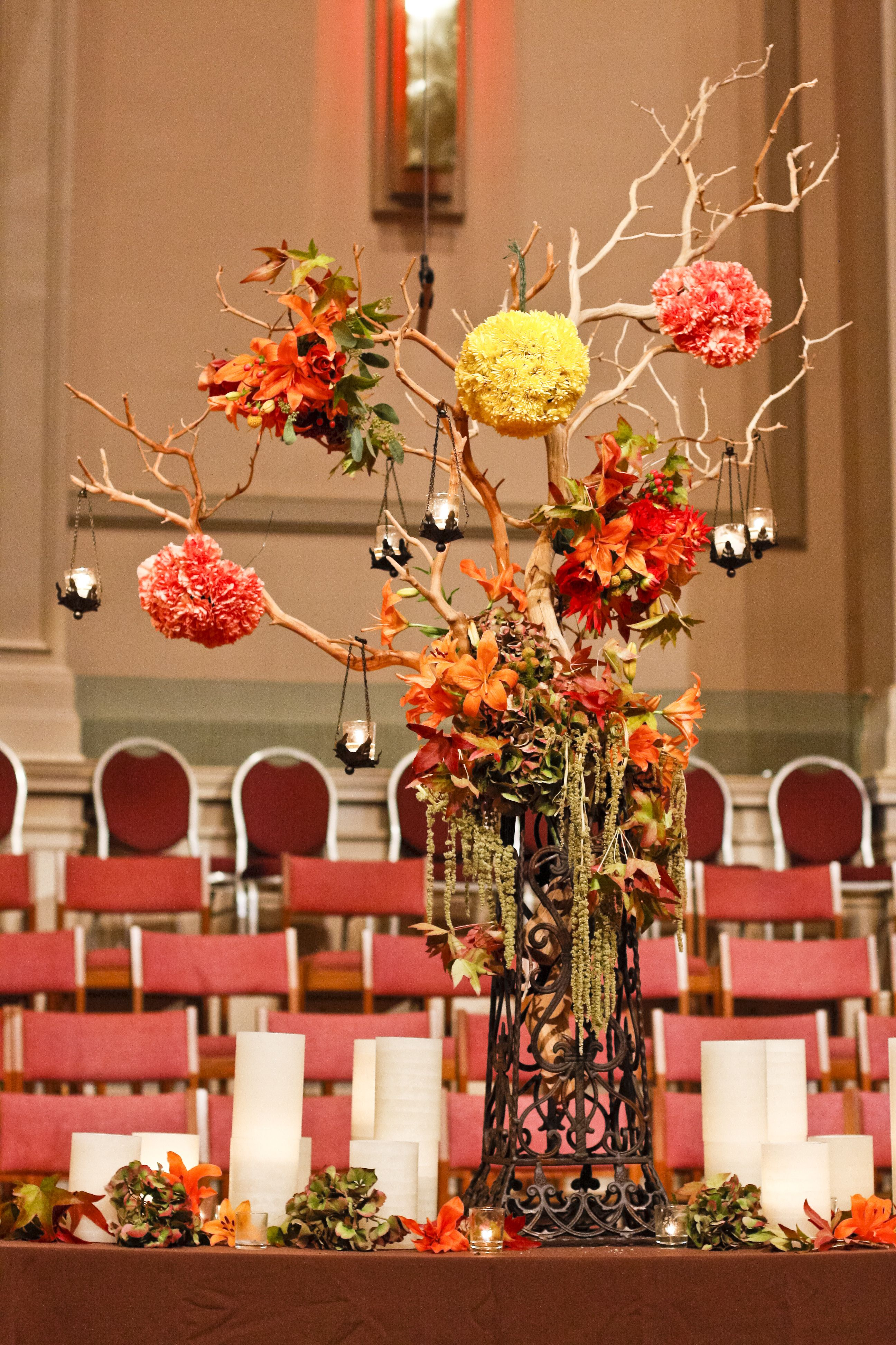 Manzanita autumn wedding ceremony decor by Southern Event Planners, Memphis Wedding