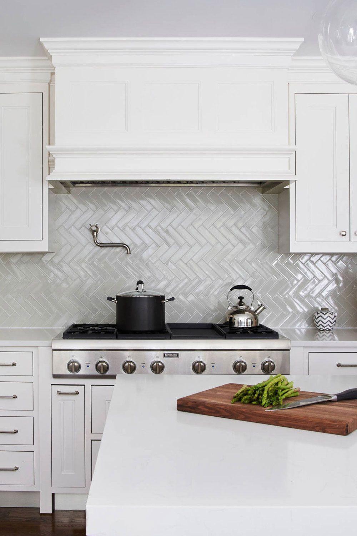 50 White Herringbone Backsplash Tile In Style White Kitchen In 2021 Kitchen Backsplash Designs Herringbone Backsplash Herringbone Backsplash Kitchen
