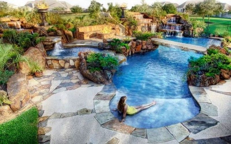 11 Most Beautiful Swimming Pools Photos Page 2 Of 4 Custom Pools Beautiful Pools Luxury Swimming Pools