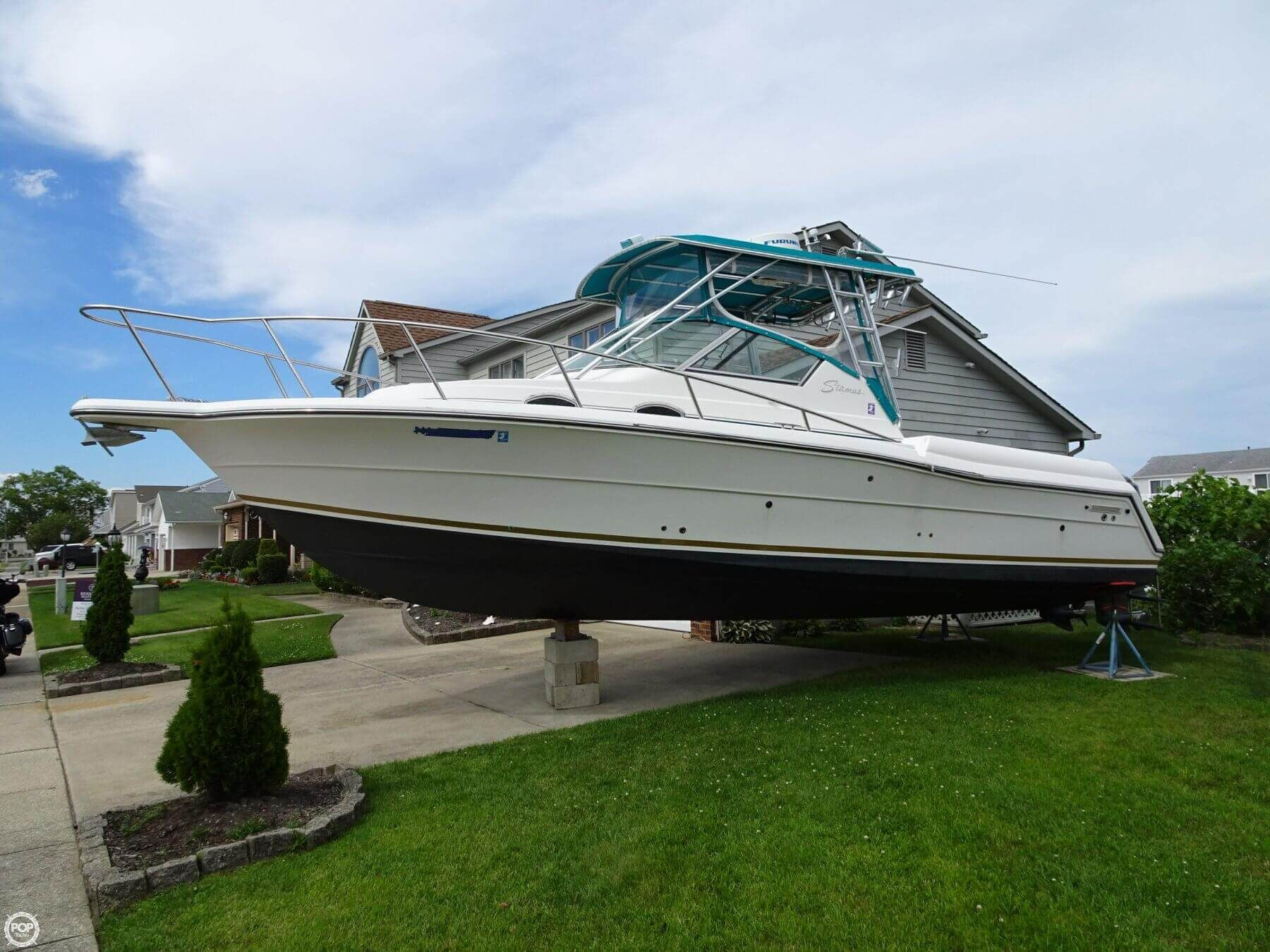 Enclosed Helm Large Well Equipped Cockpit Outstanding Off Shore Handling And Comfortable Cabin A Great All Aro Fishing Yachts Sport Fishing Yacht For Sale