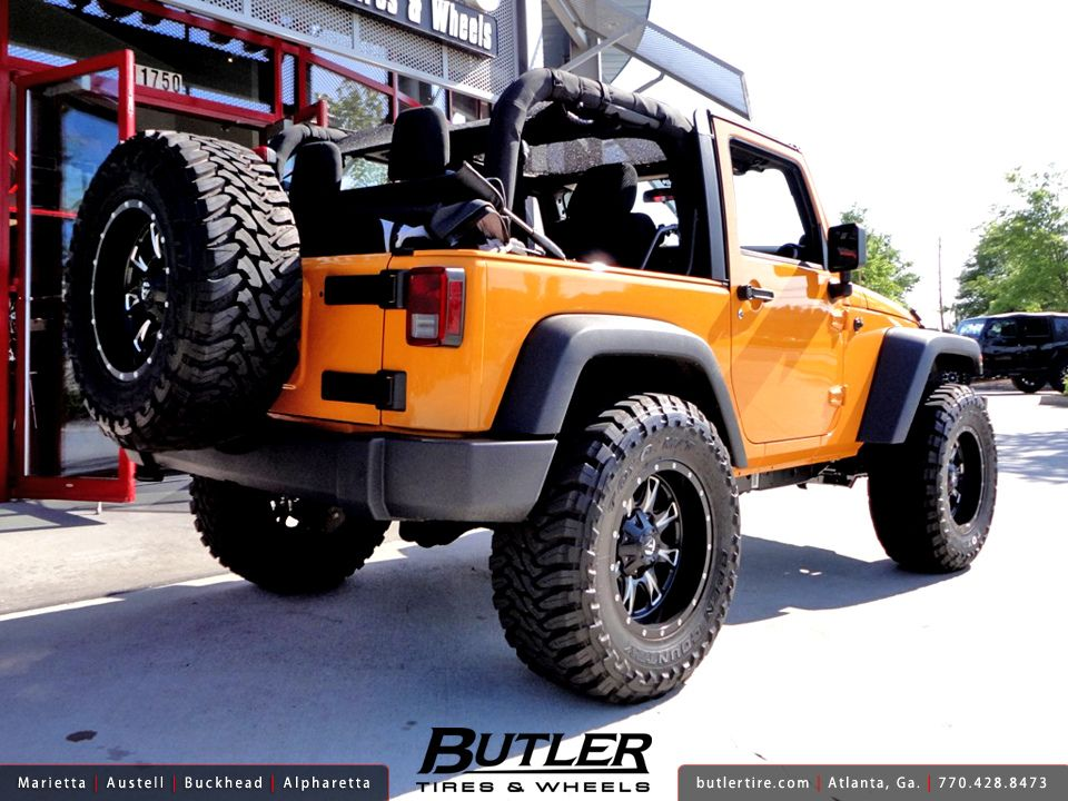 jeep jk with toyo mt tires  Jeep Wrangler with 18in Fuel Throttle