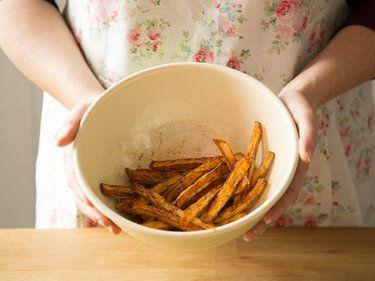 Knusprige Süßkartoffel-Pommes selber machen #pommesselbermachenofen Knusprige Süßkartoffel-Pommes selber machen #pommesselbermachenofen