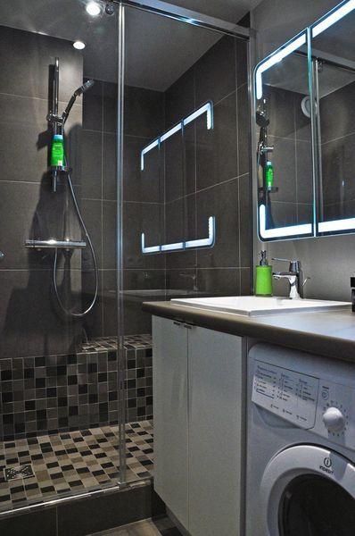 Faire Une Douche A L Italienne Avec Marche Installation Cout Materiaux Douche Italienne Petite Salle De Bain Avec Douche Douche Avec Marche