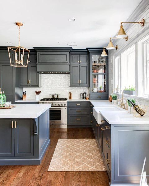 20 Fabulous Kitchens Featuring Grey Kitchen Cabinets