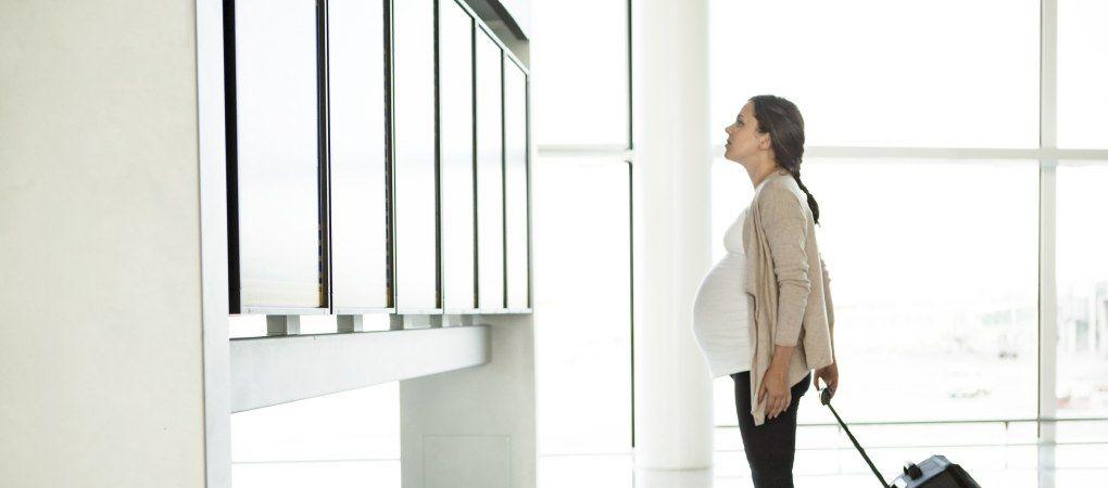 Viajar embarazada - Viajar durante el embarazo en avion, coche o tren