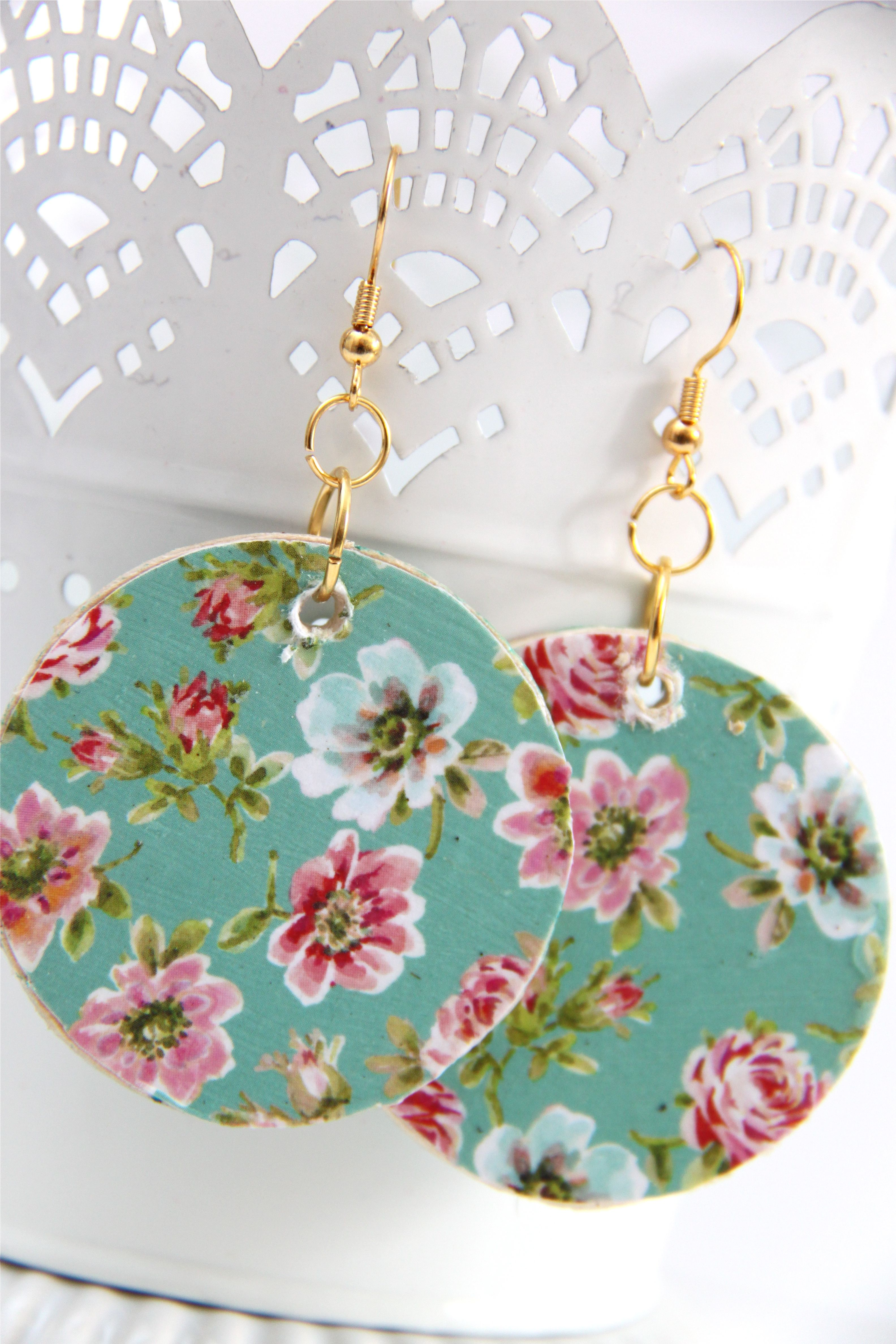 How To Make Floral Wooden Circle Earrings Smashed Peas Carrots Fabric Earrings Jewelry Crafts Diy Earrings