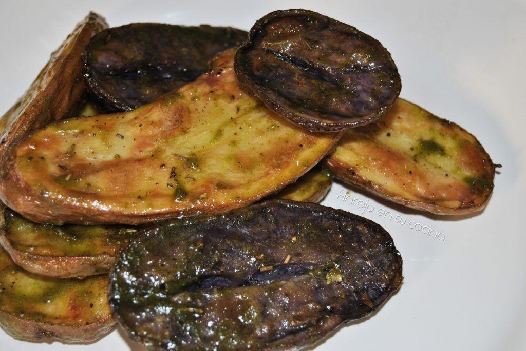 Patatas Tricolor Asadas Con Pesto De Pistachos Antojo En Tu Cocina Receta Platos De Carne Patatas Platos De Pasta