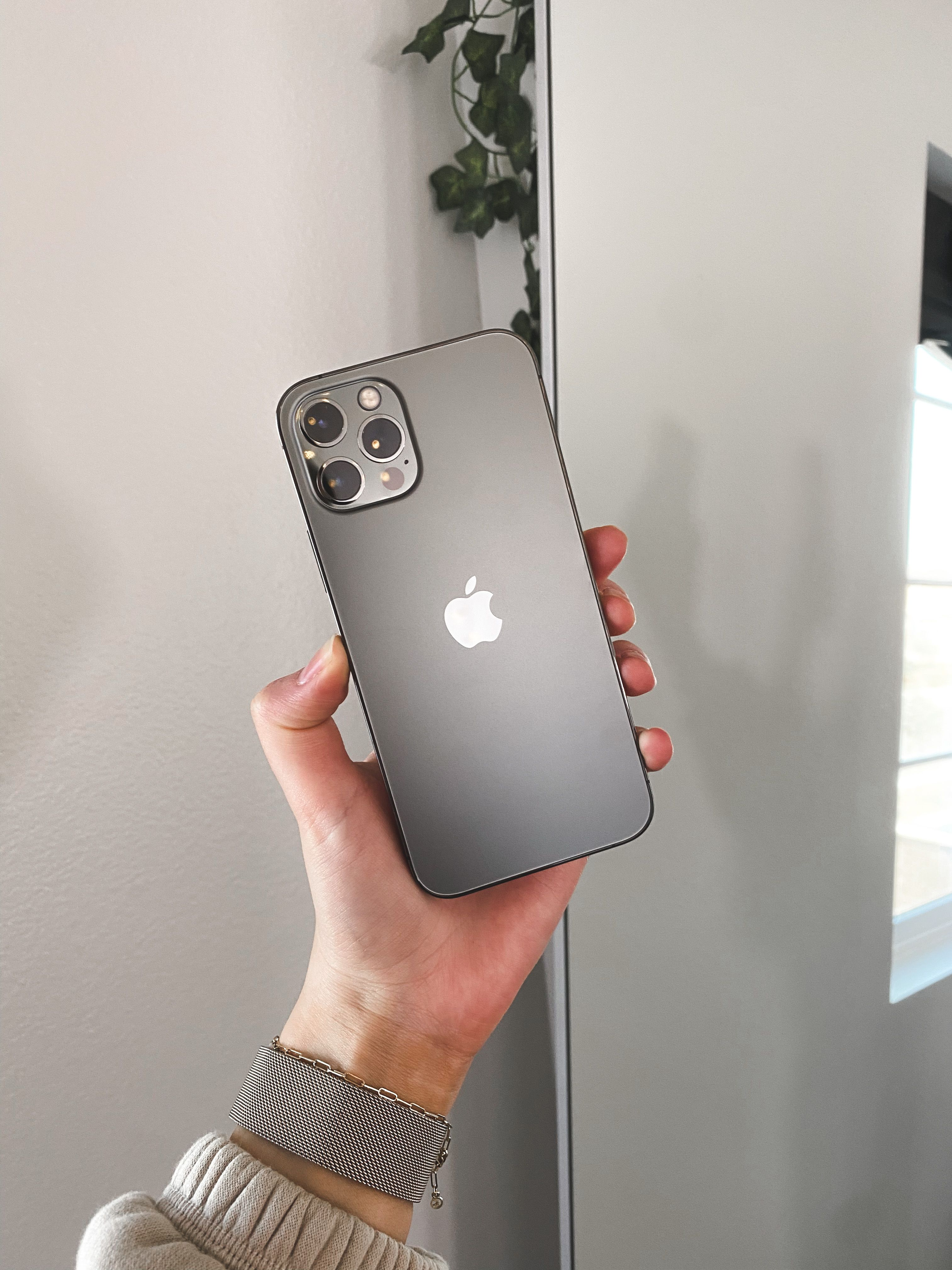 Iphone 12 Apple Iphone Apple Phone New Iphone