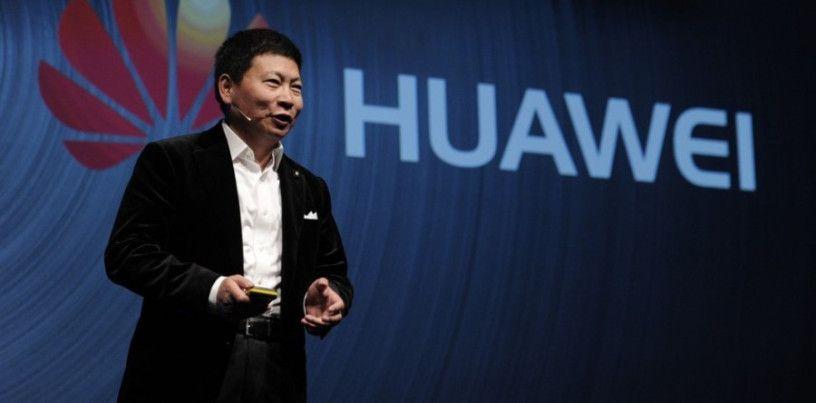 A Huawei Technologies tem como objetivo para os próximos cinco anos ultrapassar a Samsung e a Apple e tornar-se no maior fabricante mundial de smartphones. A empresa chinesa espera, nesse período d…