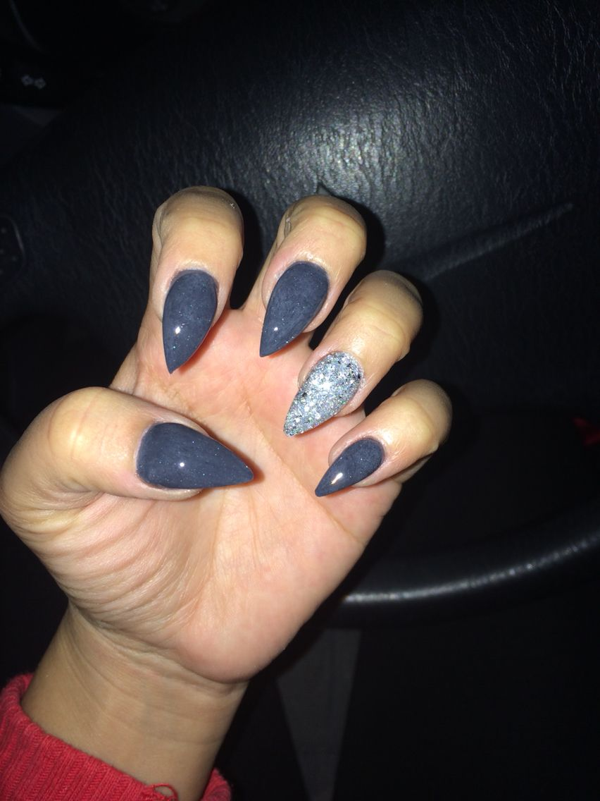 Stiletto nails, gray nails, fall nails. Halloween | My nails ...
