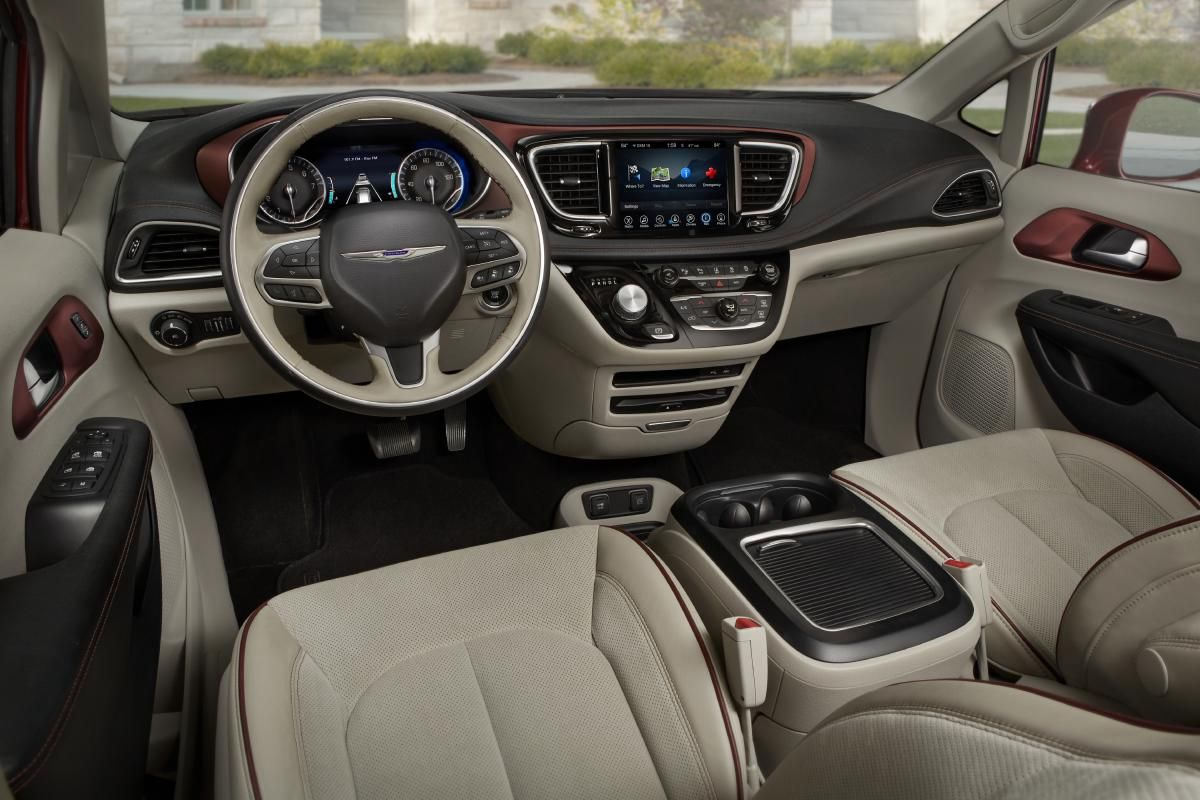 The Pacifica takes everything that Chrysler's done well with interiors recently and turns it up to 11.
