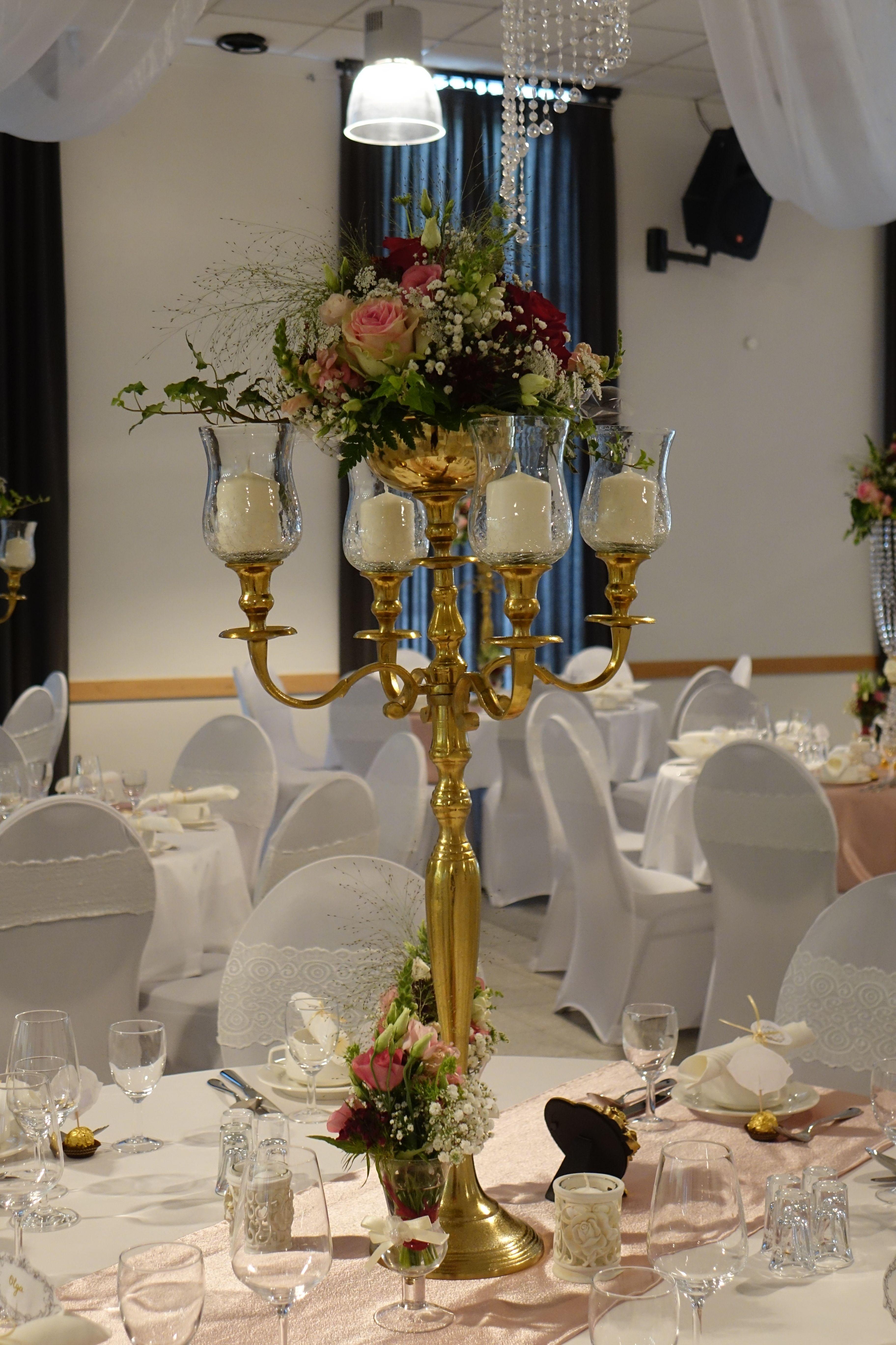 Pin auf Kerzenständer gold
