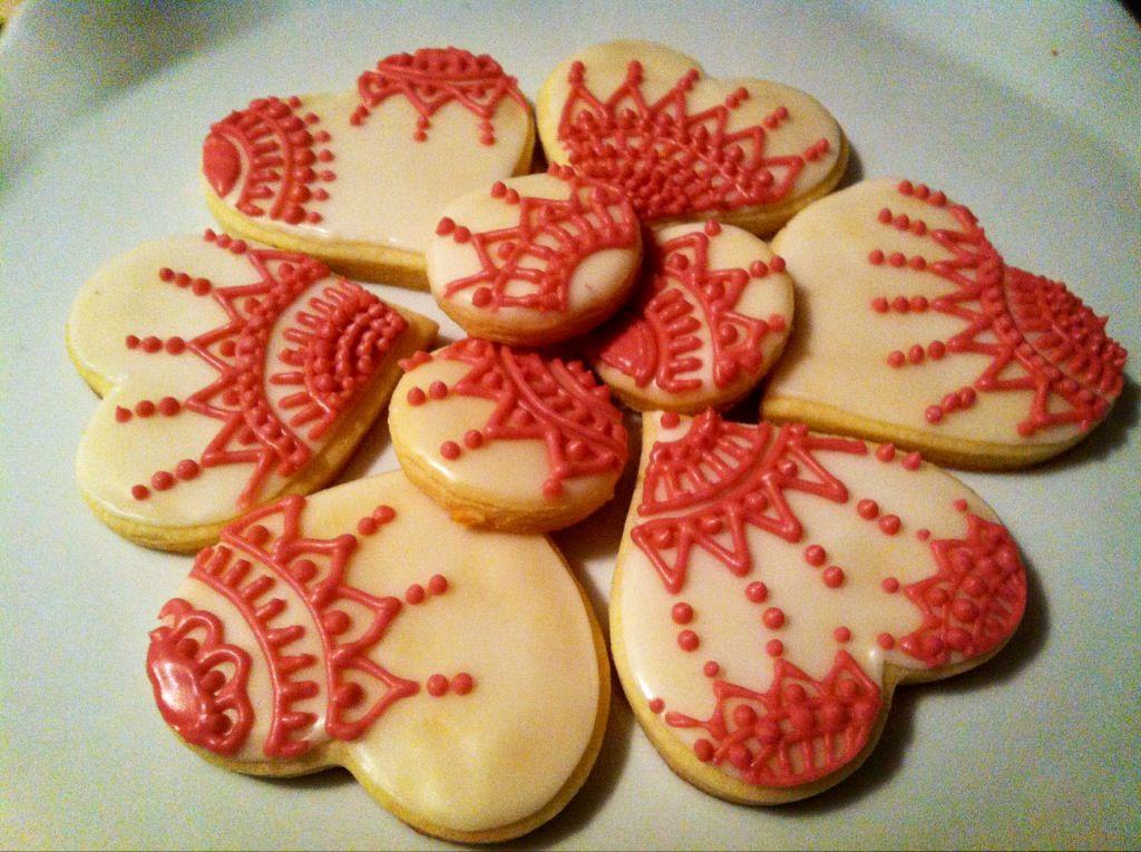 Hand-painted sugar cookies :)