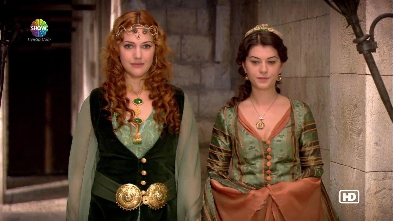 Hurrem Ve Nigar Kalfa Turkish Fashion Fashion Medieval Gown