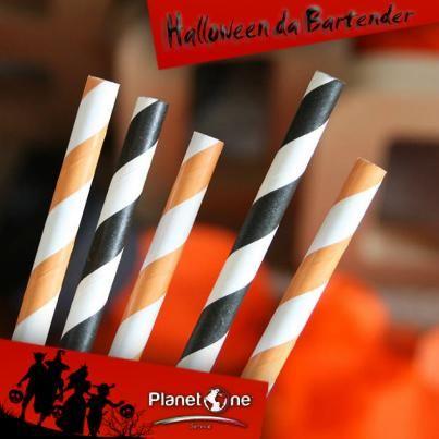 HALLOWEEN DA BARTENDER Date un tocco di colore ai cocktail che servirete al banco #bar questo Halloween: cannucce a strisce arancioni e nere, i colori della festa di spiriti e streghe…!