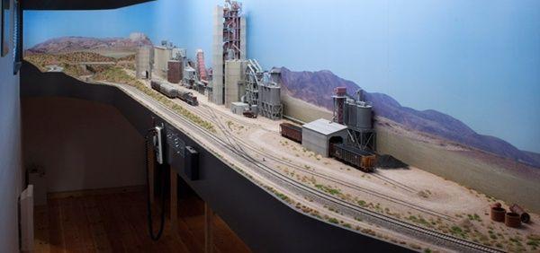 Largest Cement Plants : Track plans the cement plant is largest industry