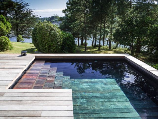 Une Piscine À Fond Mobile Pour Une Terrasse Optimisée | Villa Design