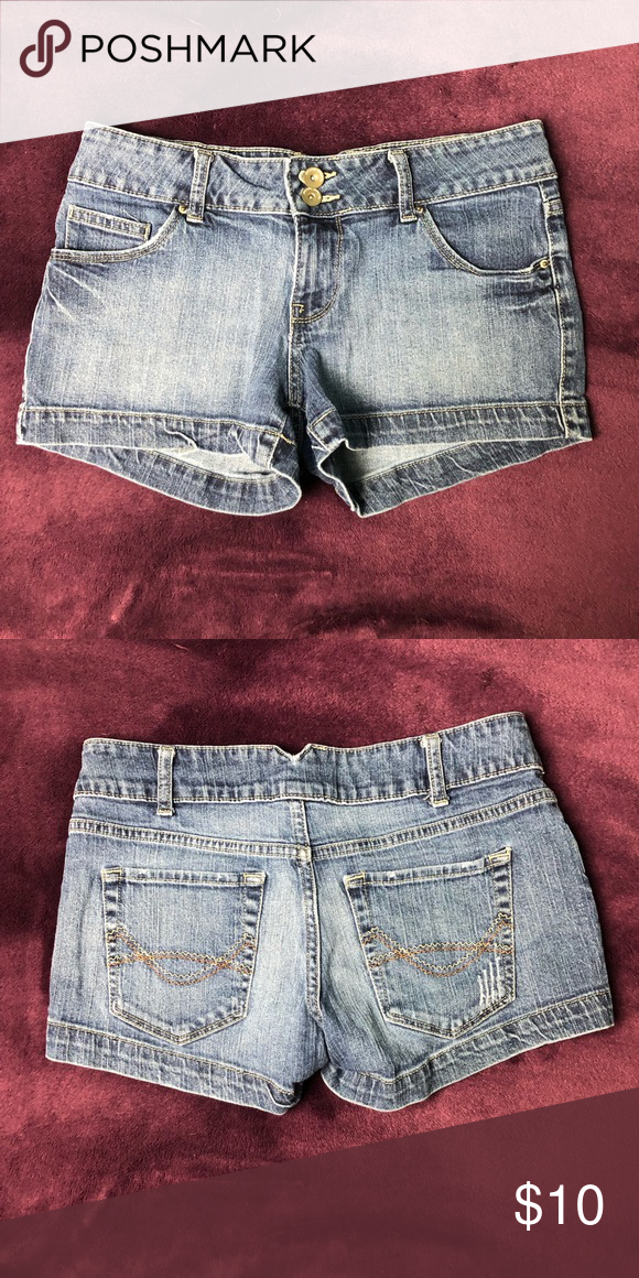 3021fdc08 4/$20 Mossimo Juniors Blue Jean Shorts Size 9 4/$20 Mossimo Juniors Blue Jean  Shorts | Size 9 Mossimo Supply Co. Shorts