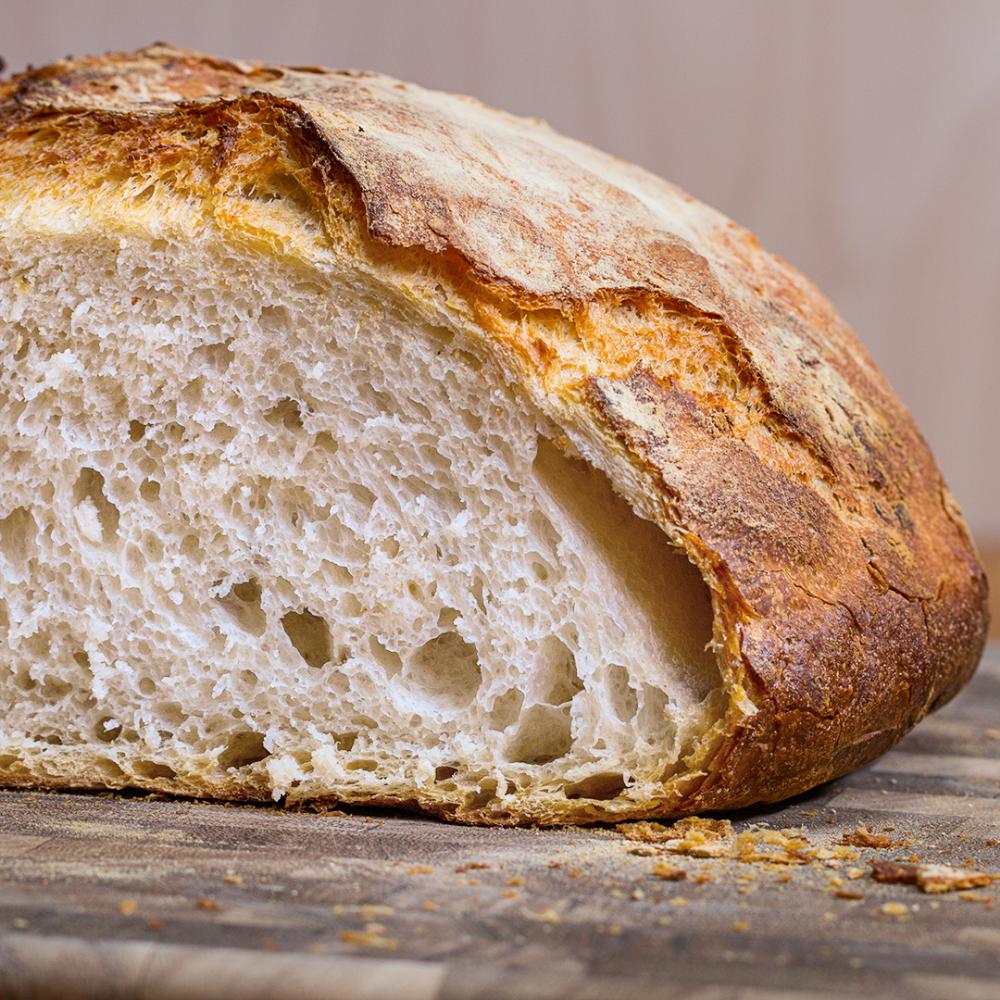 Homemade Dutch Oven Bread | Recipe in 2020 | Dutch oven ...