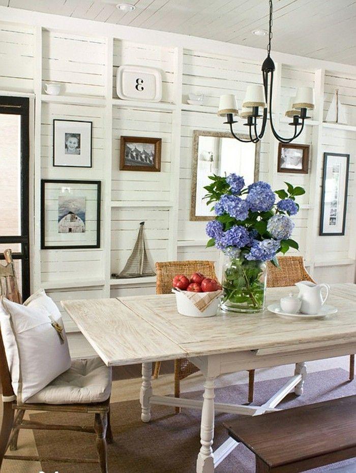 esszimmer landhausstil schöne wanddeko und brauner teppich - esszimmer landhausstil