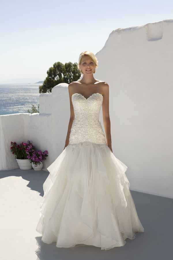 Mark Lesley Bridal Gown 7262 Mark Lesley Bridal Gown 7262 is a ...