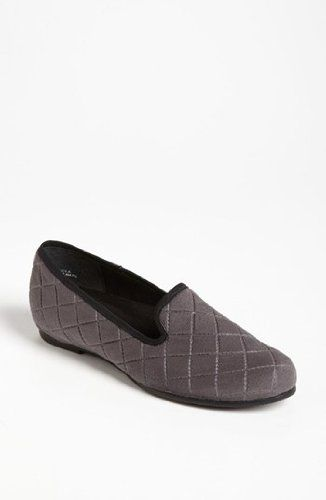 Munro Womens Jerrie Grey Quilted 7 N US * Want to know more, click on the affiliate link Amazon.com.
