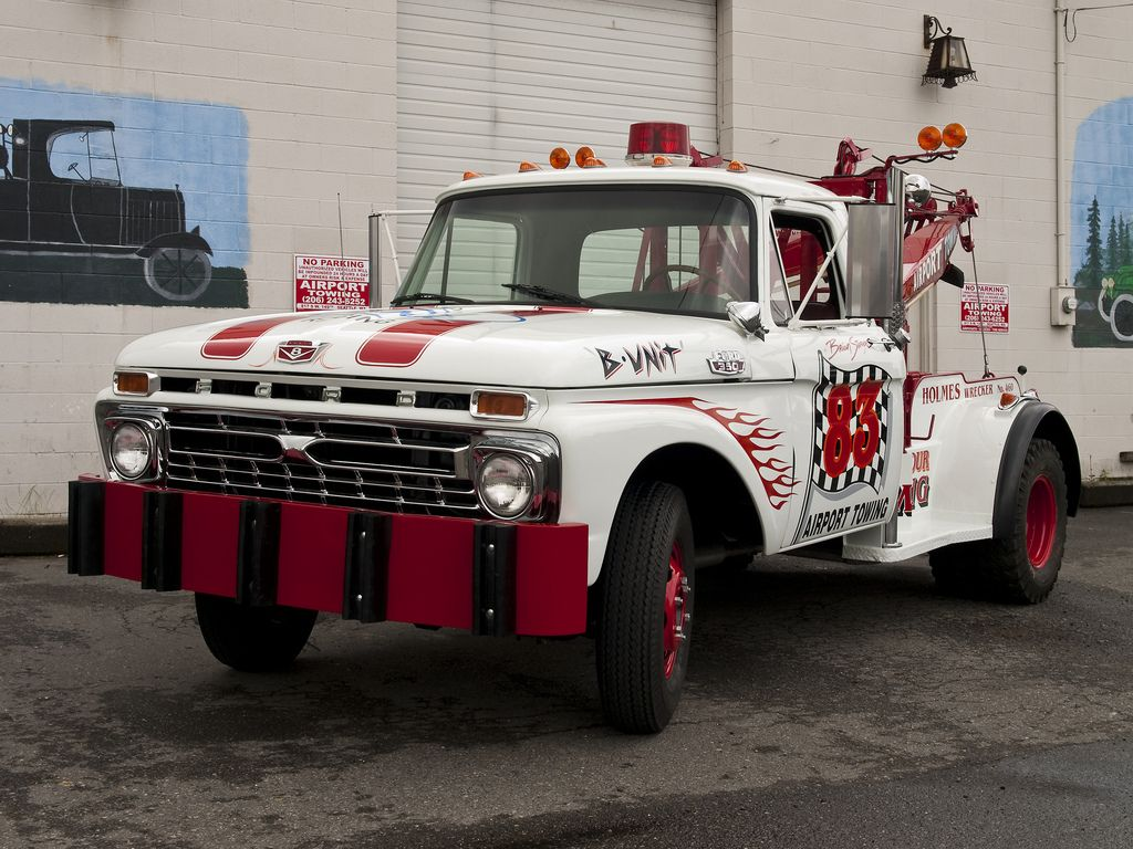 b unit 83 tow truck by michael nw lens