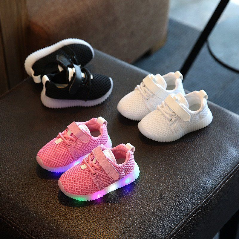Children Shoes With Light Baby Boys Girls LED Light Up Shoes Kids Luminous  Sport Shoes Glowing Sneakers Boys Girls Ligthed Shoes 02a4aa96710