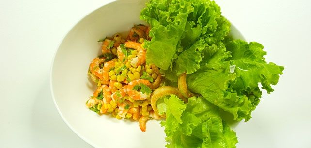 Salada de Camarão com Coentros e Milho no Continente ChefOnline - chef.continente.pt