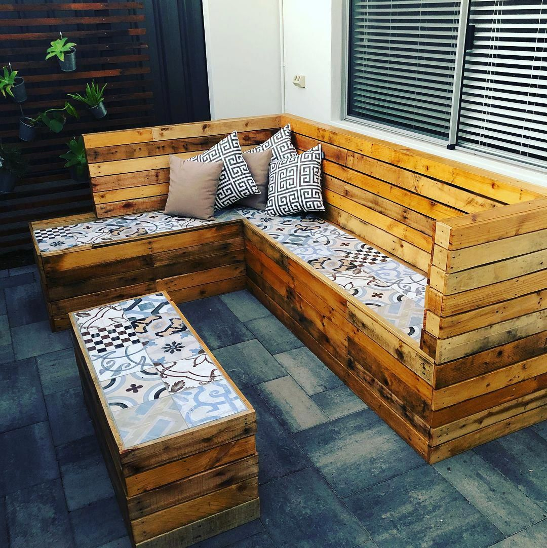 Pallet Couch Cushions Lounge Made Out Of Pallets Table And