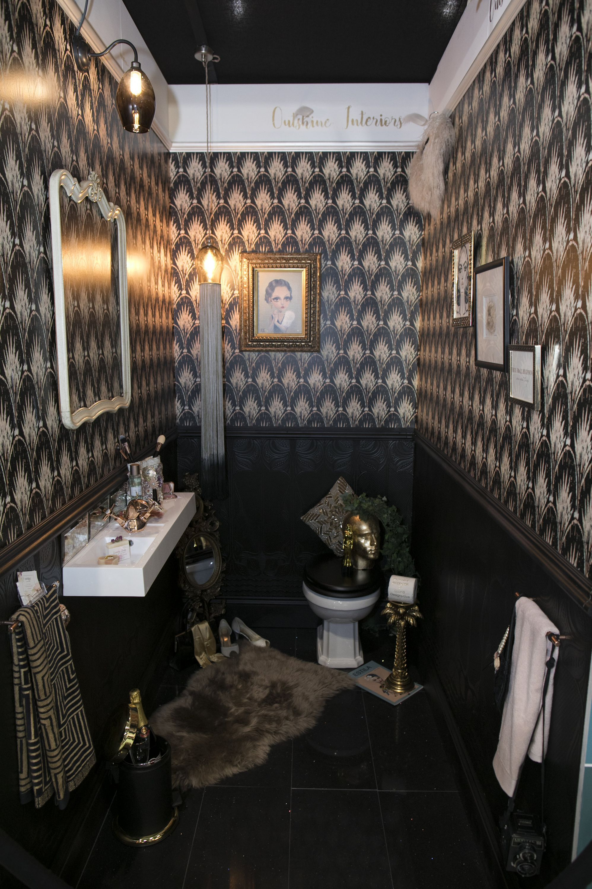 8 Bold And Quirky Downstairs Toilet Design Ideas As Seen At Grand Designs Live Cloakroom Toilet Quirky Bathroom Downstairs Toilet