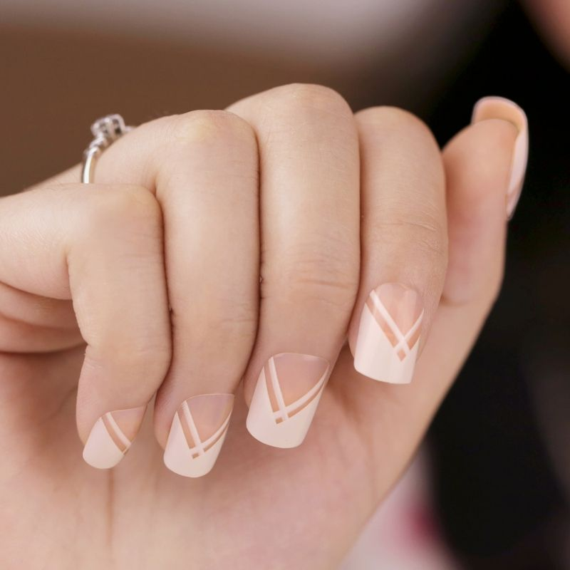 Resultado de imagen para uñas postizas blancas | Nails | Pinterest